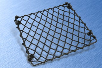 Luggage stowage nets for commercial vehicles