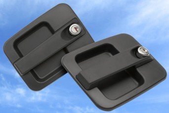Commercial vehicle door handles for cabs and passenger access