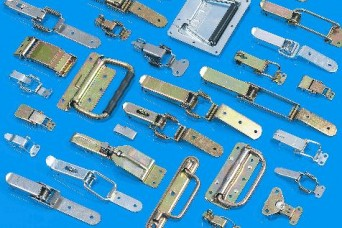 EMKA toggle latches and lifting/pull handles